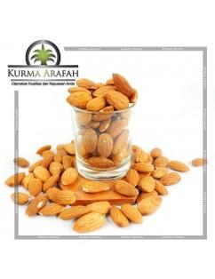 Kacang Almond Kupas Mentah Tanpa Cangkang / Cemilan Sehat 1kg